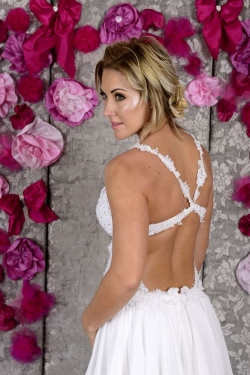 Open back with lace straps