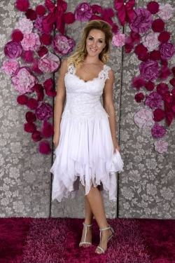 Short handkerchief skirt, lace bodice with straps