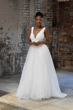 28-new-romantics-bridal-A-line-deep-v-neck-wedding-dress-with-detachable-mesh-skirt