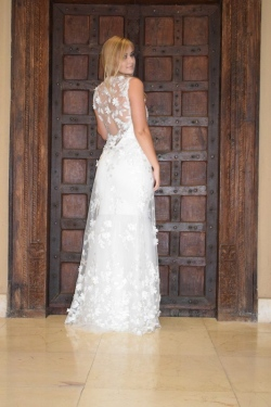 6-new-romantics-bridal-off-white-lace-back-mermaid-wedding-dress-detachable-3d-lace-jacket_
