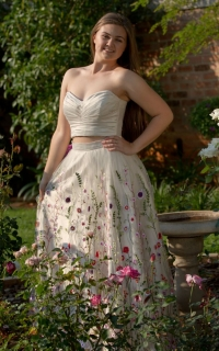 14 floral embroidered cream skirt with pleated bodice