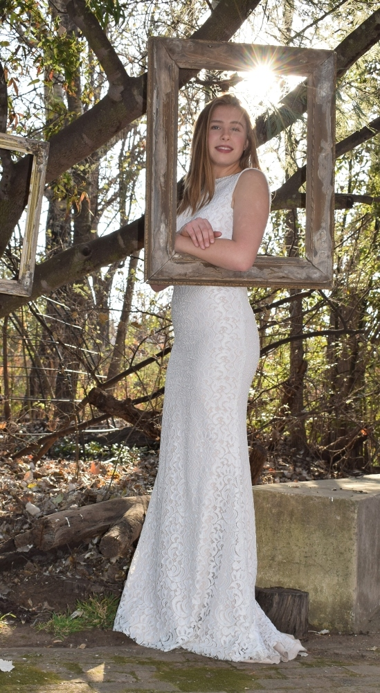 new-romantics-bridal-couture-Frame-me-in-this-elegant-full-lace-dress