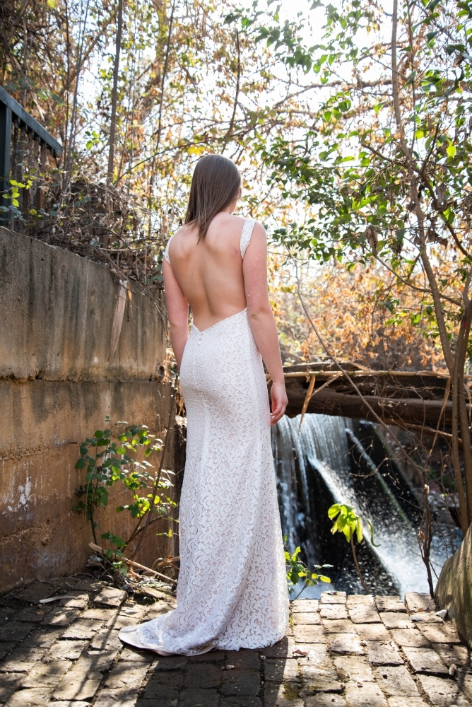 new-romantics-bridal-couture-Never-look-back-in-that-dress
