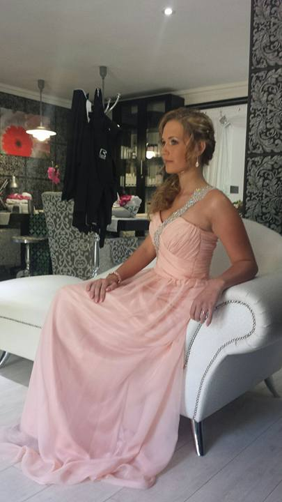 New Romantics desinger made Melinda Wagenaar dress 3