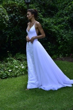 14-new-romantics-bridal-v-neck-fitted-beaded-white-wedding-dress-with-detachable-A-line-skirt_