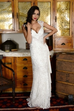 33-new-romantics-bridal-detachable-2-in-1-wedding-dress-Sweet-heart-dress-with-silver-beaded-lace