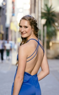 new romantics Kara van Helpmekaar in her Royal blue fitted dress with slit and back detail002