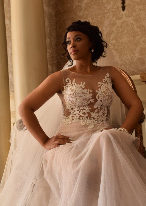 3-Beautiful-Vintage-lace-bodice-with-mesh-skirt_